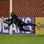 COPA DO BRASIL: Caíque brilha, Vitória elimina Inter e vai às oitavas de final