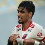 ESPORTE: Com Paquetá expulso, Flamengo vence Sport e mantém sonho do título