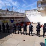 Polícia encontra 38 celulares, além de drogas e outros objetos dentro de presídio Nilton Gonçalves