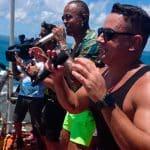 Leo Santana e Danniel Vieira arrastam multidão durante 'Arrastão' na Barra