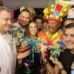 BAHIA: Ao lado de artistas, Rui e Neto abrem Carnaval de Salvador