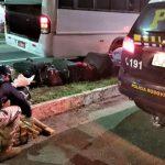 PRF de Conquista prende homem com maconha dentro de micro-ônibus
