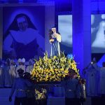 SALVADOR: Missa para Santa Dulce reúne quase 53 mil na Fonte Nova