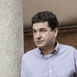 Autor de biografia censurada de Roberto Carlos faz palestra em Conquista nesta quarta