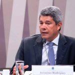 Secretário Jerônimo Rodrigues fala sobre vale alimentação estudantil OUÇA