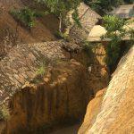 VOCÊ REPÓRTER: Erosão avança no canal da Lagoa das Bateias