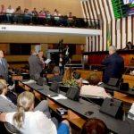 BAHIA: Justiça derruba liminar, e Previdência deve ser votada hoje (31)