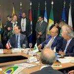 """""""Precisamos esclarecer à população como se dá a formação de preço nos combustíveis"""", diz Rui ao ministro Paulo Guedes, em Brasília"""