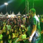 PM NO PÔR DO SOL: Com show de Xexéu ex-Timbalada, público lotou o penúltimo dia do Pôr do Sol no Cristo