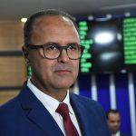 """""""A reforma do terminal é uma obra necessária, mas não é o momento ideal"""", aponta vereador Valdemir Dias."""