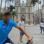Turista tira foto de ladrão por acaso em tentativa de assalto na Praça da Sé, em SP