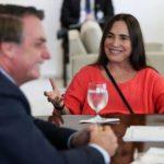 Familiares pressionam Regina Duarte para sair do governo, diz coluna
