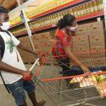Quase 270 mil estudantes já receberam o vale-alimentação na Bahia; Confira os horários do Assaí
