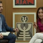 FAMOSOS: Após 'barraco' em entrevista, Regina Duarte é questionada por Anitta sobre ditadura e 'pouco caso' com mortes
