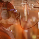 CULTURA: Em parceria com Guilherme Menezes, Carlinhos Brown lança a música 'A Bota'; ASSISTA