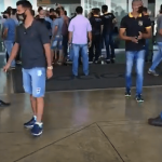 CONQUISTA: Motoristas de aplicativo realizam protesto no Aeroporto Glauber Rocha