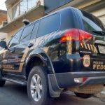 BAHIA: Polícia Federal prende três pessoas suspeitas de tráfico internacional de drogas