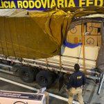 CONQUISTA: PRF prende contrabandista com carga de cigarros avaliada em 2 milhões de reais