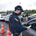 CONQUISTA: PRF mantém fiscalização rigorosa e intensifica policiamento preventivo de trânsito