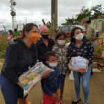 Patrulha Solidária PM, em parceria com o Projeto Conecta Mundo, acolhe familias e entrega 140 cestas básicas em Vitória da Conquista