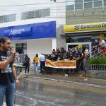 CONQUISTA: Bancários do Banco do Brasil realizam protesto contra o fechamento das agências