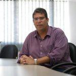 Economista Gustavo Pessoti fala sobre implicações do aumento no preço da gasolina no Brasil