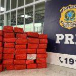 CONQUISTA: Mulher de 20 anos é presa pela PRF transportando quase 21kg de maconha para o Recife