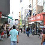 CONQUISTA: Empresária é enganada ao ajudar homem que pedia emprego em semáforo