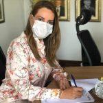 Prefeitura de Vitória da Conquista assina protocolo de intenções para aquisição de vacinas contra a Covid-19