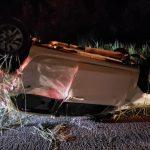 Carro fica destruído após capotar em estrada que liga Brumado a Caetité