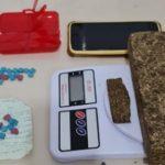 CONQUISTA: Homem é preso com grande quantidade de drogas no bairro Brasil