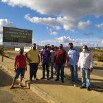 Comissão de Obras e Serviços Públicos visita Bairro Vila América para acompanhar obras não concluídas