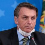 Bolsonaro questiona decretos estaduais sobre restrições e toque de recolher