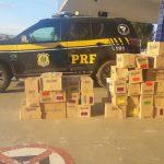 PRF prende pessoas envolvidas no saque de carga de caminhão acidentado na BR 116 em Vitória da Conquista (BA)