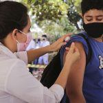 CONQUISTA: Com liberação da CIB, Secretaria Municipal de Saúde aguarda novas doses para retomar vacinação de adolescentes sem comorbidades